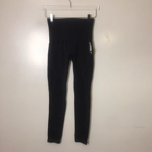 Gymshark Pants & Jumpsuits - Gymshark Dry Seamless Workout Leggings. XS